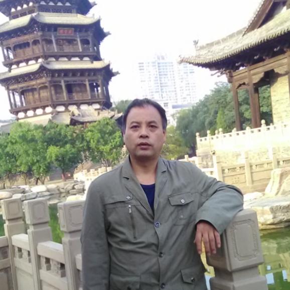 作家眼里的文学世界 解读太原作家张国娴的四月芳菲