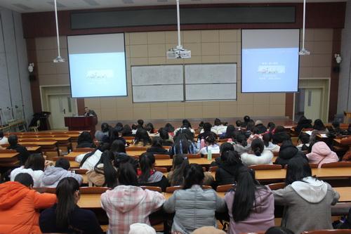 兰州文理学院李敏骞副校长为外语学院全体师生做专题报告