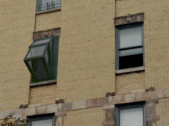 为了把窗户变成阳台 设计师也是拼了!
