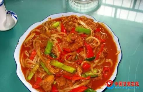甘肃省酒泉市美食鸡丝肉片麻花,清泉羊羔肉