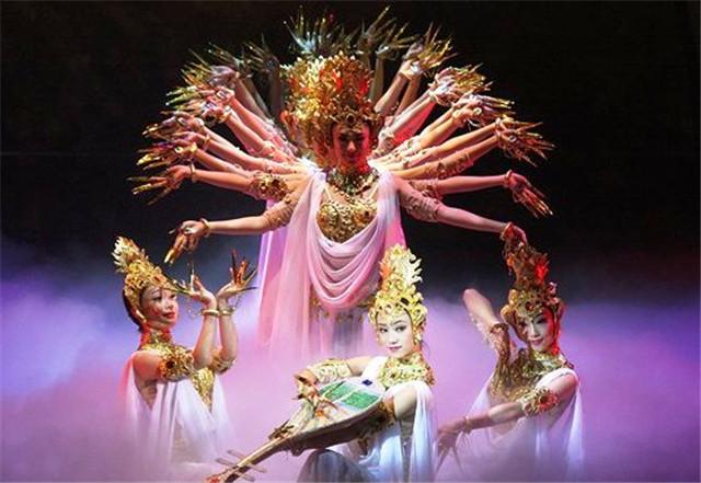 甘肃:庆祝改革开放40周年――元旦惠民演出